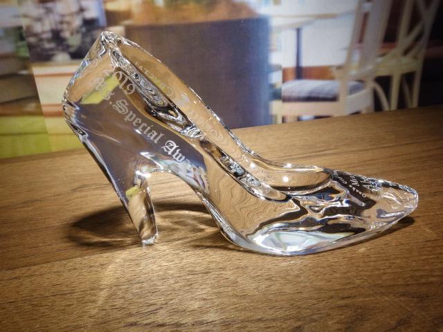 ソフィアクリスタル賞ガラスの靴 右側