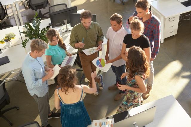 外資系のミーティングイメージ